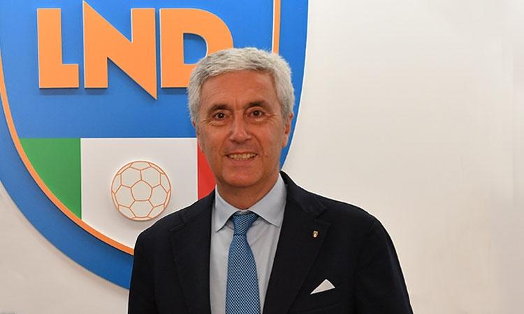 Serie D, dietrofront ufficiale: campionati sospesi