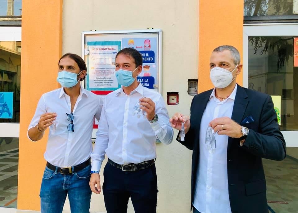 Coronavirus, la Pro Sesto dona gel igienizzante alle scuole