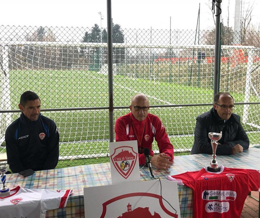 Ezio Rossi si presenta al Varese: «Pensiamo a salvarci, ma in caso di play-off il rinnovo è automatico»