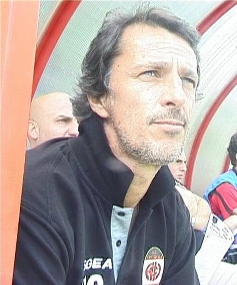 Vogherese Eccellenza, il presidente Cavaliere incorona Giacomotti come nuovo allenatore rossonero